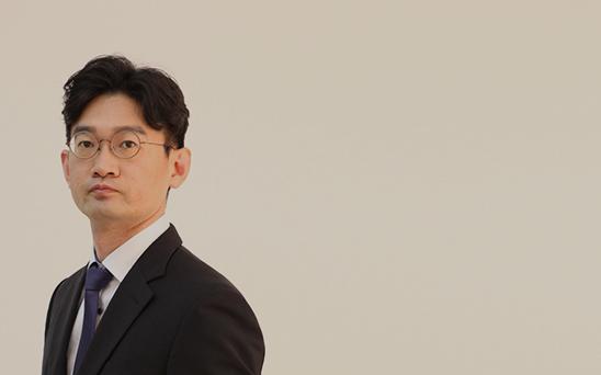 lawyer06